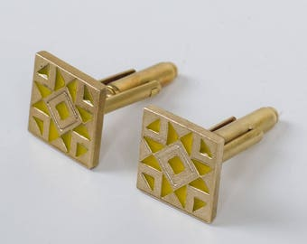 Kharkiv City Ukraine Gold-tone Flag Cufflinks Engraved Box