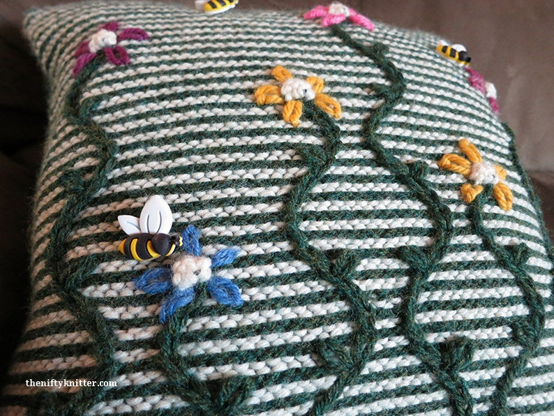 Knitting Pattern  May Flowers Pillow image 0