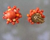 Vintage 60s ear clips balls wood earrings