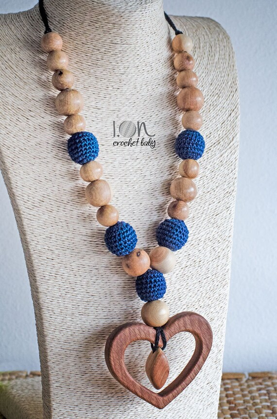 Heart Playground - Nursing necklace - Teething Necklace - Crochet Necklace