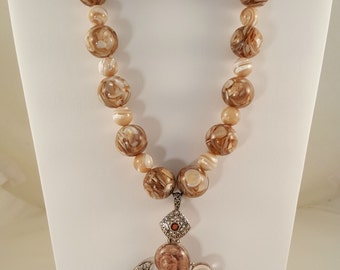 Mother of Pearl Pendant, Necklace and Earrings Set