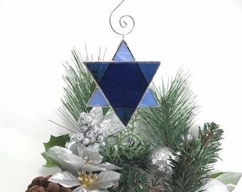 Star of David Stained Glass Ornament - Hanukkah Bat Mitzvah Yom Kippur suncatcher Dark Blue Light Blue Silver