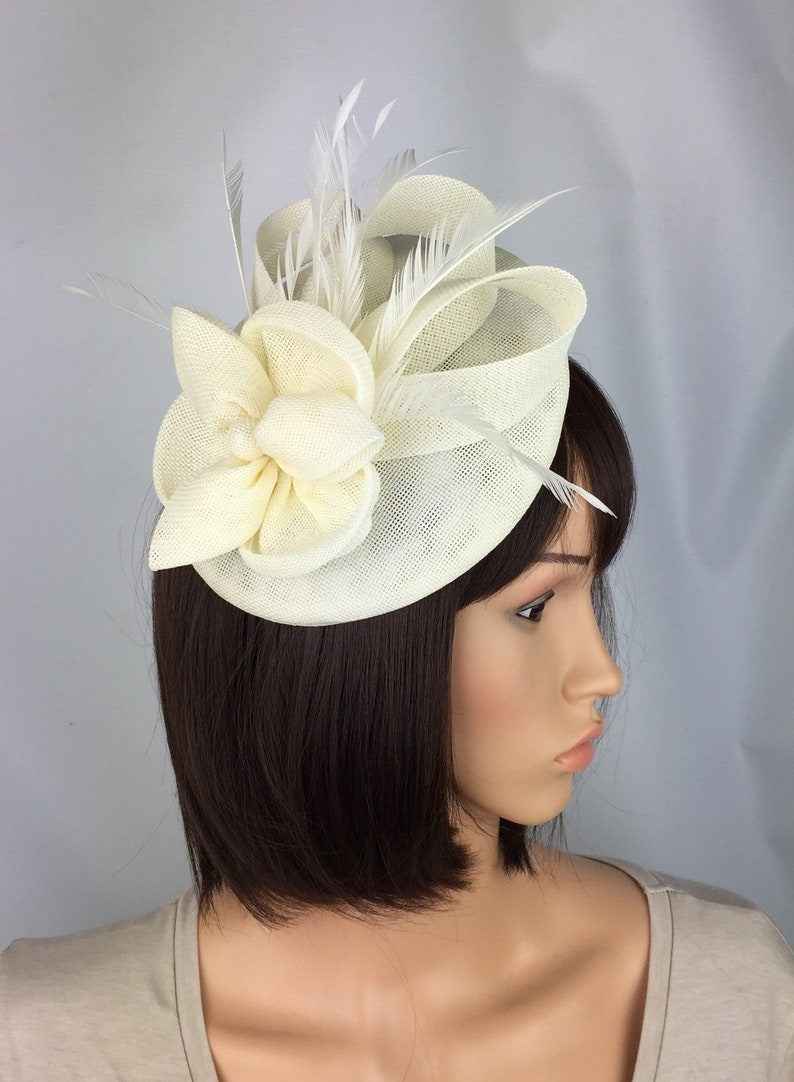 75b78be9fbde1 Ivory Fascinator Off White Fascinators Cream Fascinator Hat Ivory Hatinator  Wedding Fascinator Mother of the Bride Ladies Day Races Occasion