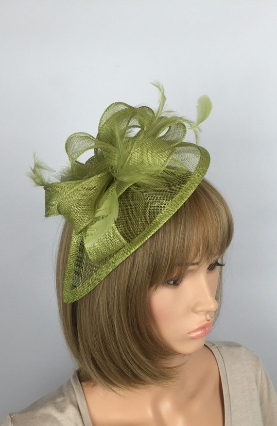 Lime Green Fascinator Wedding Hatinator mother bride Ladies  b8fbf764117