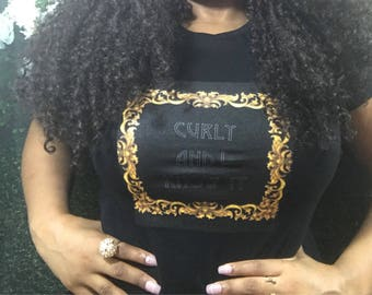 "Kinky Kulture Collection Tee T-Shirt by Essence Wigs 'Curly and I Know It"" Natural Hair Shirt"