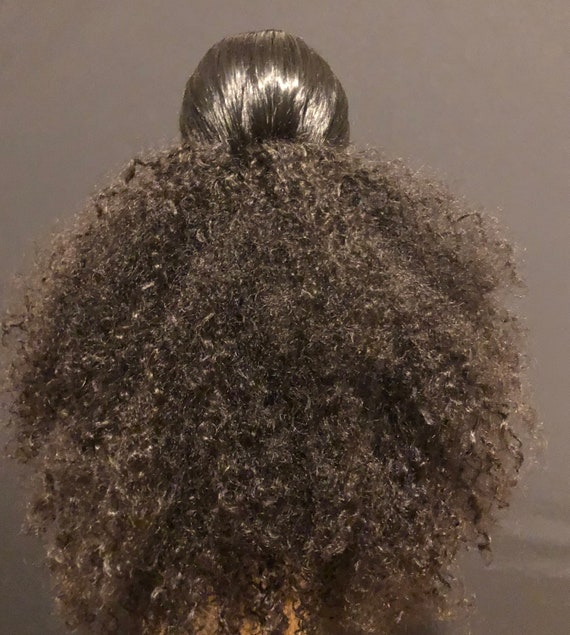 "Kinky Curly Ponytail Wig Unit ""Foofy Pony"""