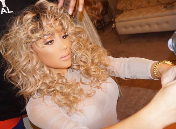 "Essence Wigs ""Nicki"" Blonde Curly Wig Golden Platinum Golden Blonde Cascading Wispy Curls Bangs"
