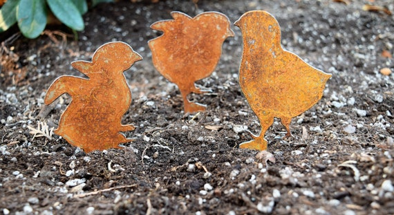 Metal Chicks Garden Stakes | Chicken Yard Stakes | Staked Yard Art | Metal Staked Chicken and Rooster | Baby Chickens