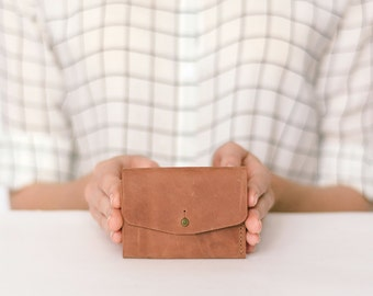 Leather wallet, Brown leather wallet Minimalist credit card wallet Leather wallet handmade, Pocket leather wallet, Leather wallet mens woman