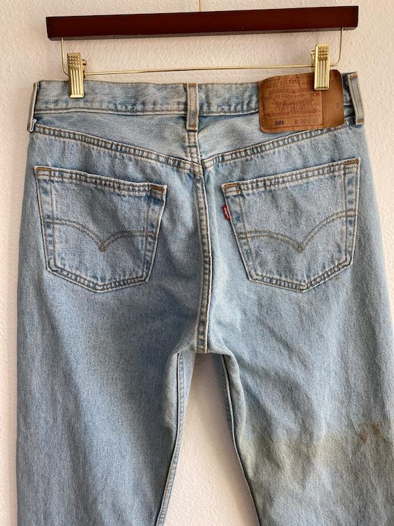 Vintage Levi's 501 Size 32x32 Light Blue 90s Jean… - image 4