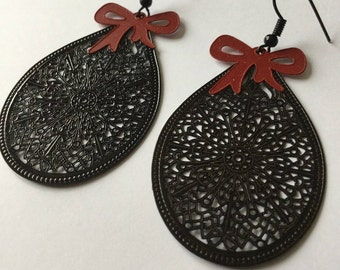 Earrings red and black prints black shaped filigree drop, Ribbon bows