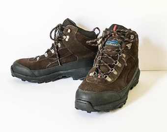40dd694fc27b LL Bean Women s Hiking boots - Hiking boots sz 10W - Brown suede Hiking  Boots - Women s LL Bean Boots - Hook   Lace Boots 10 Wide