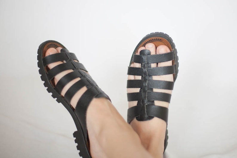 Women/'s Black leather gladiator sandals Boho sandal sz 6 Strappy sandals