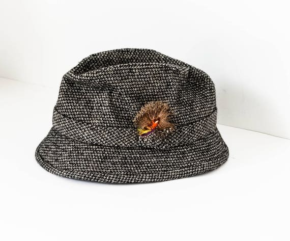 65b8e1e55f87c Men s Vintage Wool Tweed Fedora hat Gray Feathered