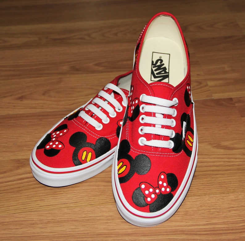 e3129431fc606 VANS MICKEY MoUSE MINNIE heads bow Disney Park Custom hand painted canvas  lace up shoes sneakers zapatillas pintadas a mano beatrizstudio
