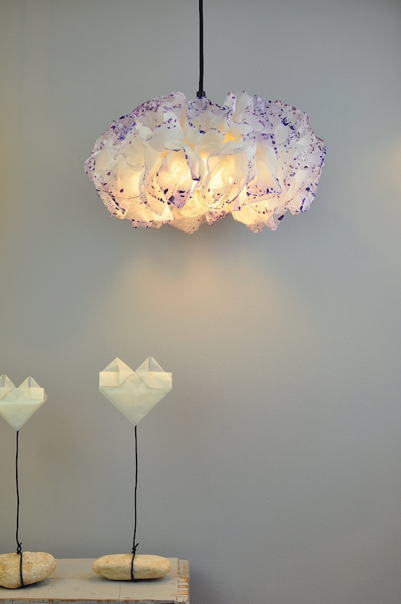 papier blanc et violet lampe plafonnier suspendu lampe etsy. Black Bedroom Furniture Sets. Home Design Ideas
