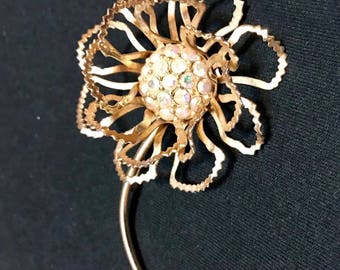 """Vintage Sarah Coventry Gold Tone Rhinestone """"Allusions"""" Flower Brooch"""