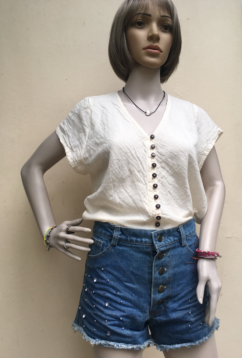 Cotton Button-Down Top in CREAM Weightless Natural Fiber Breathable Short-Sleeve