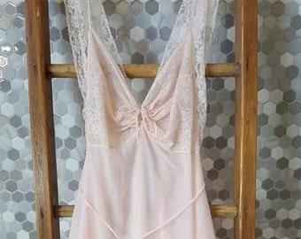 Vintage-Lingerie-Vintage Lingerie-Clothing-Women's Clothing-Lingerie Set-Sheer Lingerie-Nightgown-Bridal Lingerie-Honeymoon Lingerie-Wedding