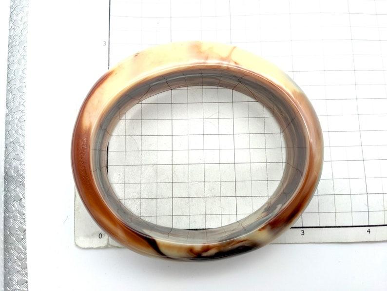 Vintage Marbled Brown /& Ivory Lucite Bangle Bracelet
