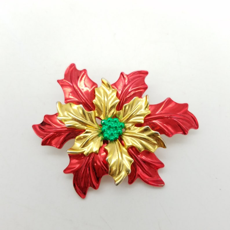 2bd4f5119fd63 Vintage Red & Gold Double Poinsettia Flower Holiday Brooch / | Etsy