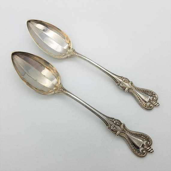 S OLD MIRROR-TOWLE STERLING CREAM SOUP SPOON