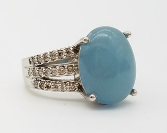 14K White Gold and 9ct Rare Natural Blue Agate and Diamond Estate Ring - Size 7