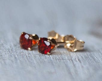 Garnet Earrings, Gold Garnet Earrings, Garnet Studs, Garnet Stud Earrings, Garnet Studs Gold, January Birthstone Earrings, Red Gemstone