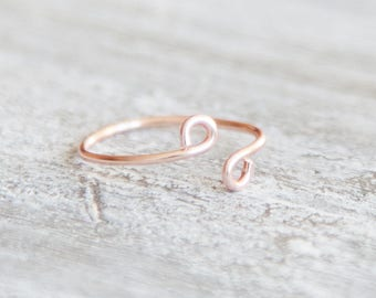 Dainty Ring, Rose Gold Ring, Tiny Rose Gold Ring, Minimalist Wire Ring, Stacking Ring, Rose Gold Minimalist Ring, Midi Ring, Cute Ring, Gift