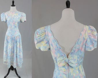 80s Pastel Dress - Full Skirt - Peach Blue Flowers - Puff Sleeves - Two Back Bows - Vintage 1980s - M L