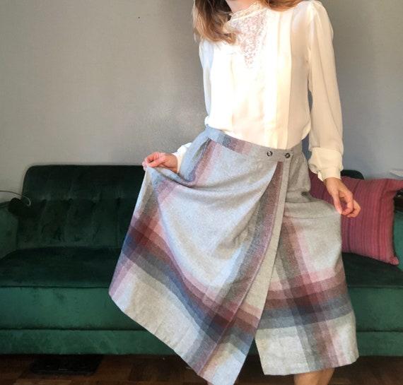 "Exploded  Windowpane Skirt, 28"" Waist"