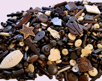 Mixed Buffalo Bone & Horn Beads, .25 Pound Natural bone beads, Round disc beads, Period correct spacer beads, Primitive Beads