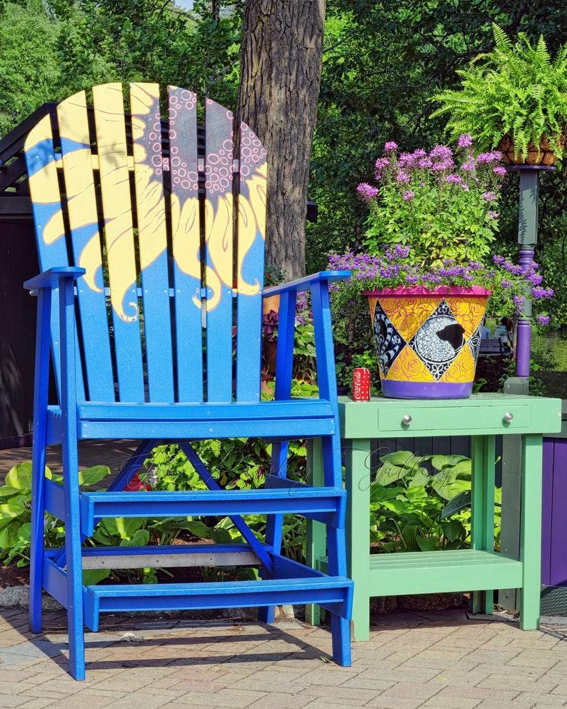 Gigantic chair at Elizabeth Park West Hartford Hartford image 0