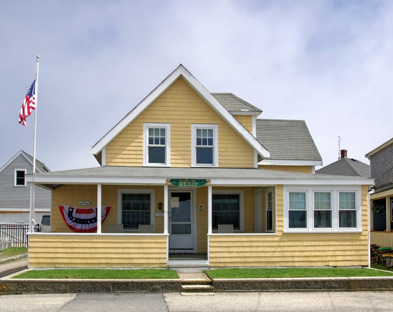Life of Reilly beach cottage Scituate MA South Shore image 0
