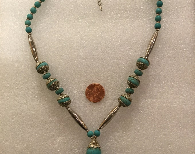 Vintage 1970s Turquoise and Silver Drop Necklace 19 inches Length with 2 inches extender