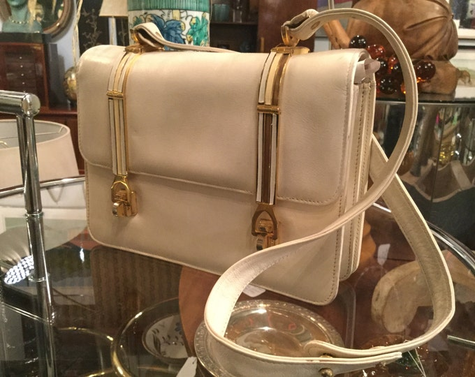 Vintage cream Colored Calfskin Italian Leather Purse with Unusual Clasps