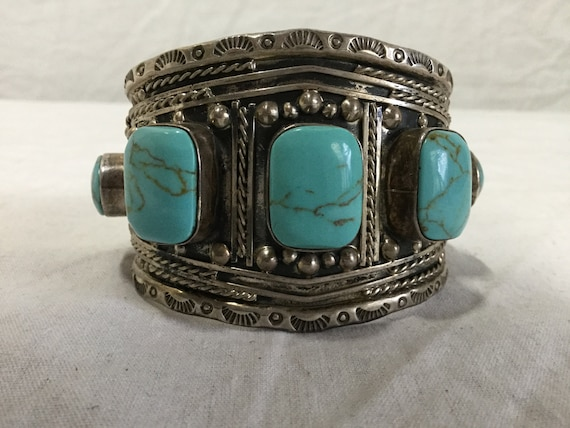 Silver and Turquoise cuff Bracelet with hand hammered design
