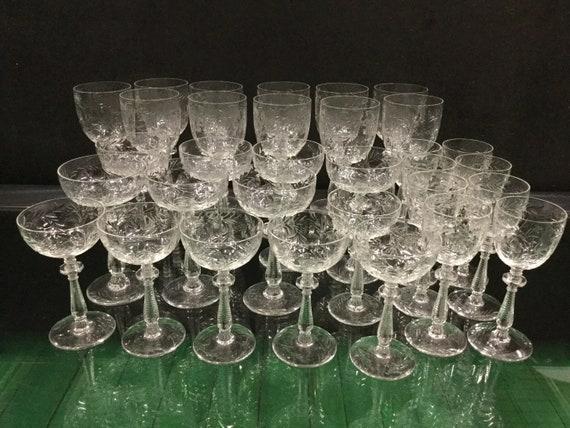 Ca. 1900s Thomas Webb & Sons Set 32 Rock Crystal Setting 11 wine goblets 7 champagne glass 8 apperatifs 6 after dinner drinks