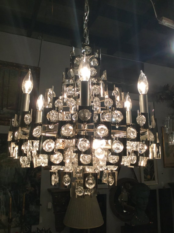 Rare Scoliari Roma, Italy Chrome and Raindrop crystals Twelve Bulbs Chandelier