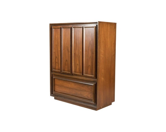 Mid-Century Walnut Chifferobe