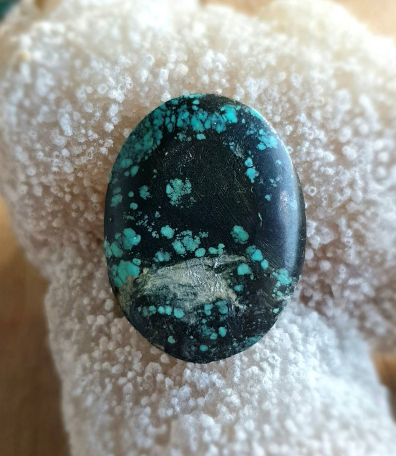 Natural Tibetan Turquoise Cabachon FREE  SHIPPING * 30x23mm