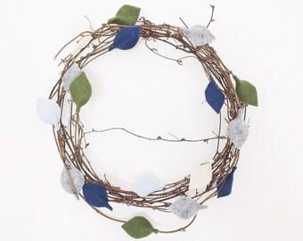 WREATH ALPS • Door hanging, wall hanging, door wreath, leaf wreath, felt leaves, rattan wreath, natural wreath.