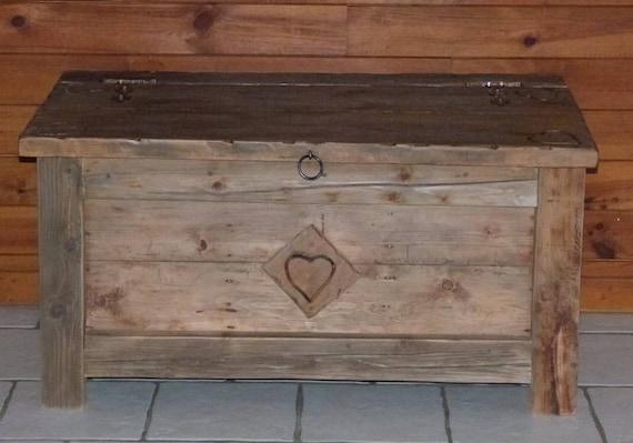 COFFRE MALLE ARTISANALE vieux bois 100% écologique deco chalet | Etsy
