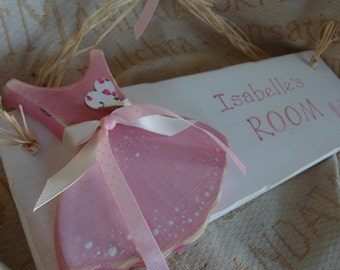 Ballerina personalised  bedroom door sign... for your little princess. Make a statement a go for the wow with one of our wooden wall plaques