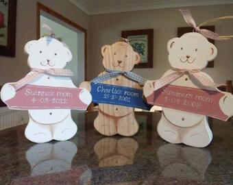 Personalised Newborn, Christening, First Birthday and Baby Shower gift. Custom keepsake gift for baby boy and girls. Nursery Baby Bear sign