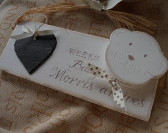 Baby countdown plaque, personalised with a slate heart for the days, weeks until Baby arrives. Baby shower, new baby, new mum, new grandma