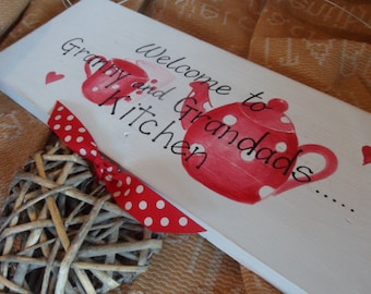 Welcome to Gran and Grandad's Kitchen sign/ Plaque. Grandparent & Mothers Day gift Custom Handpainted sign for Nan Nanny Gran Granny Grandad