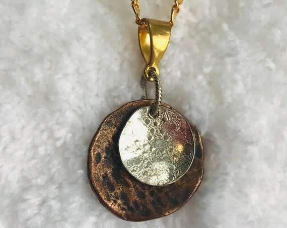 Round Pendant Necklace on 18kt Gold Filled Chain, Lifetime Guarantee on chain