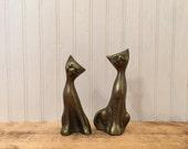 Vintage brass cat figurin...