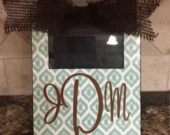Personalized picture frame, custom picture holder, wedding frame with initials